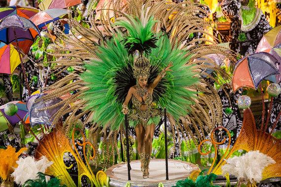 2014-05-23-carnival1955130.jpg