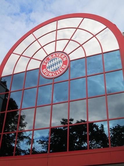 2014-05-26-BayernZentrale.jpg