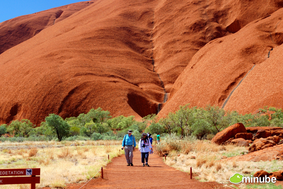 2014-05-27-UluruNaxos.jpg