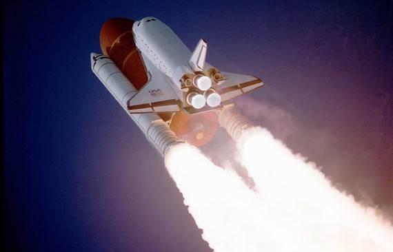 2014-06-08-Atlantis_taking_off_on_STS27.jpg