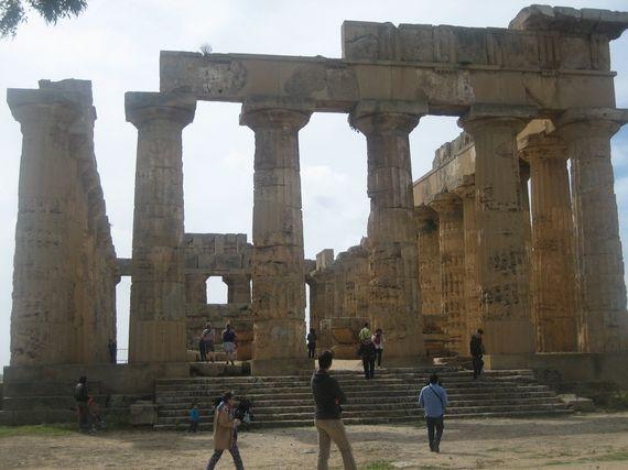 2014-06-10-SicilyRuins.jpg