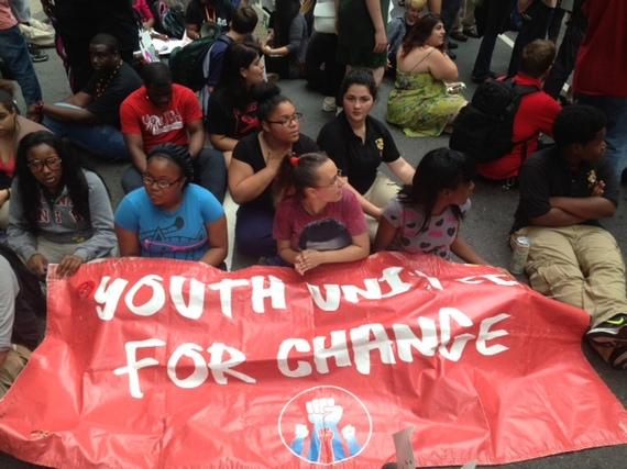 2014-06-10-StudentProtestersBlockTraffic.jpg
