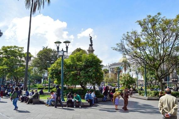 2014-06-11-community_in_EcuadorEricaMills.jpg