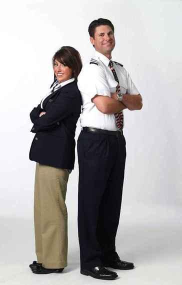 2014-06-12-HufPoTravel_FlightAttendantUniforms_2.jpeg