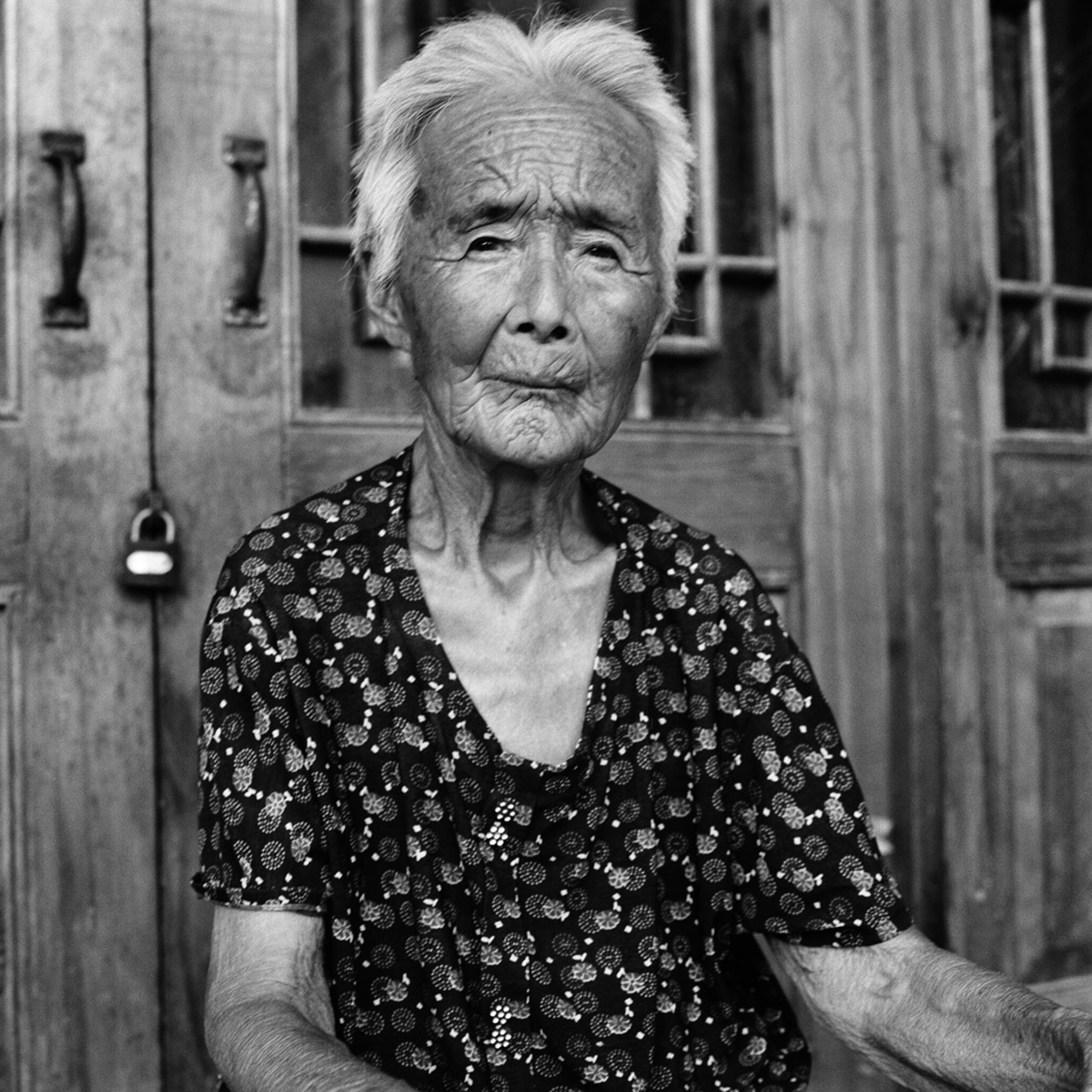 2014-06-12-Portfolio1_ZhaoHuaHong2_Farrell_J_BF12.jpg