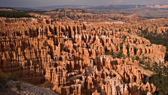 2014-06-12-httpupload.wikimedia.orgwikipediacommonsee6Bryce_Canyon_2_md.jpg