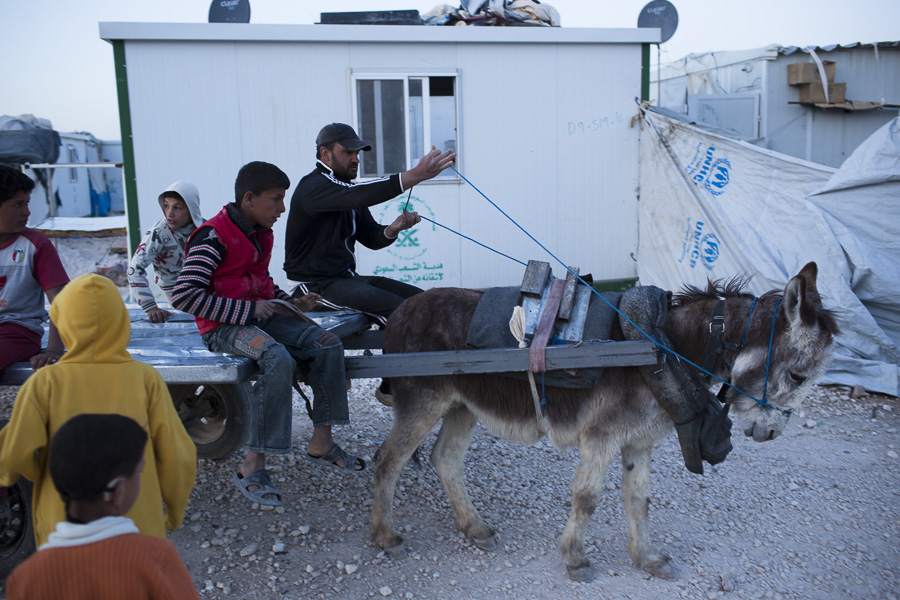 2014-06-13-DMS_Zaatari_0017.jpg