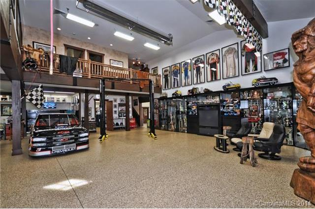 6 man caves of famous athletes and fathers huffpost for 2 car garage man cave