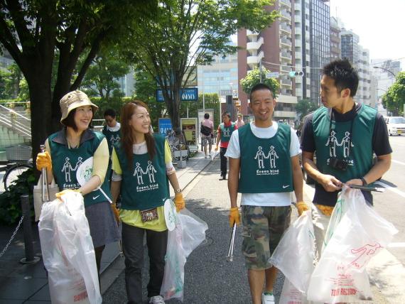 2014-06-16-140616_yokootoshinari_3.png
