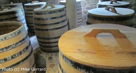 2014-06-16-George_Washington_Whiskey_Distillery_Barrels.jpg