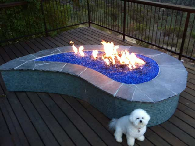 9 Ideas That Ll Convince You To Add A Fire Pit To Your: 9 Ideas That'll Convince You To Add A Fire Pit To Your