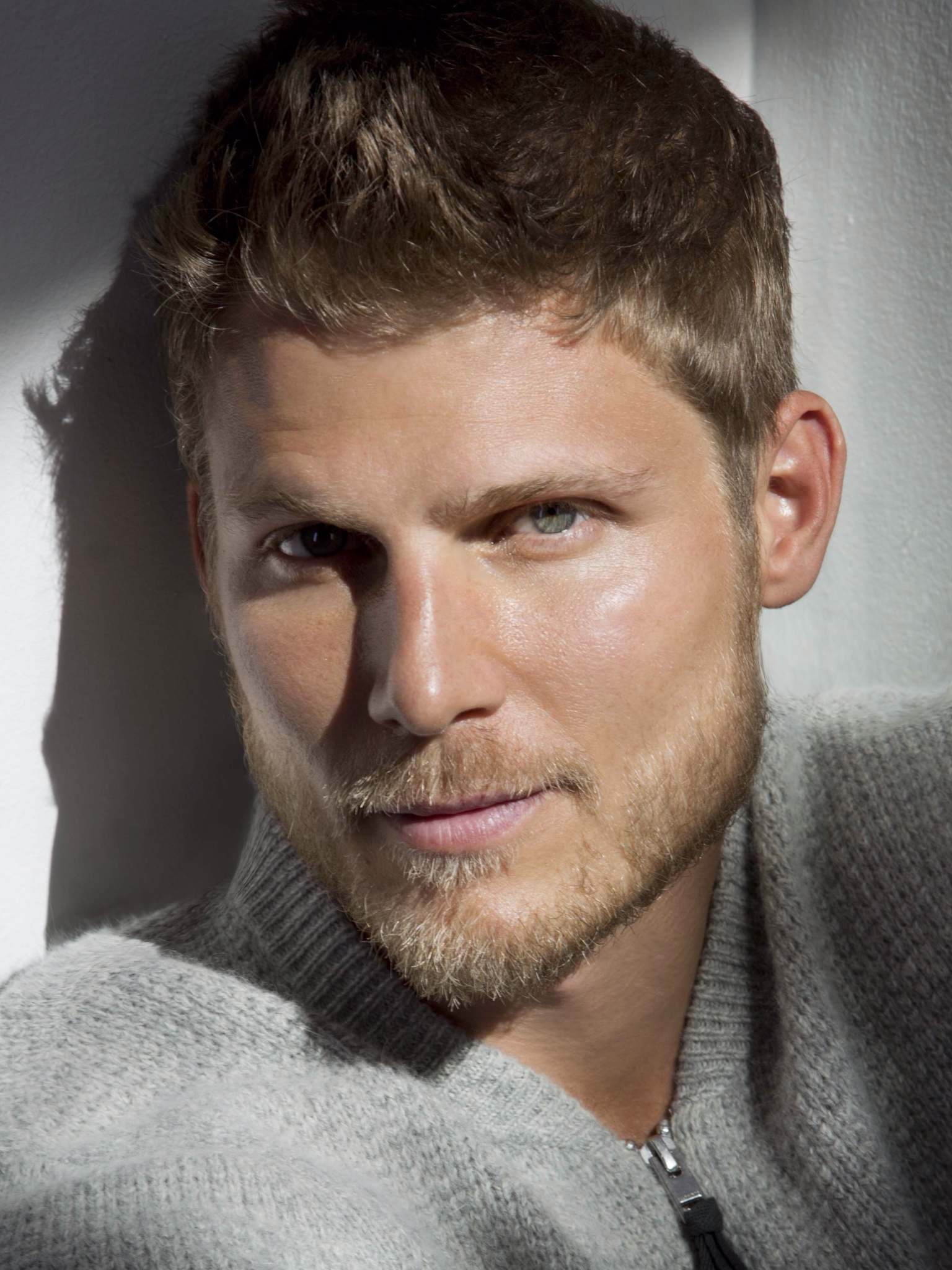 travis van winkle height