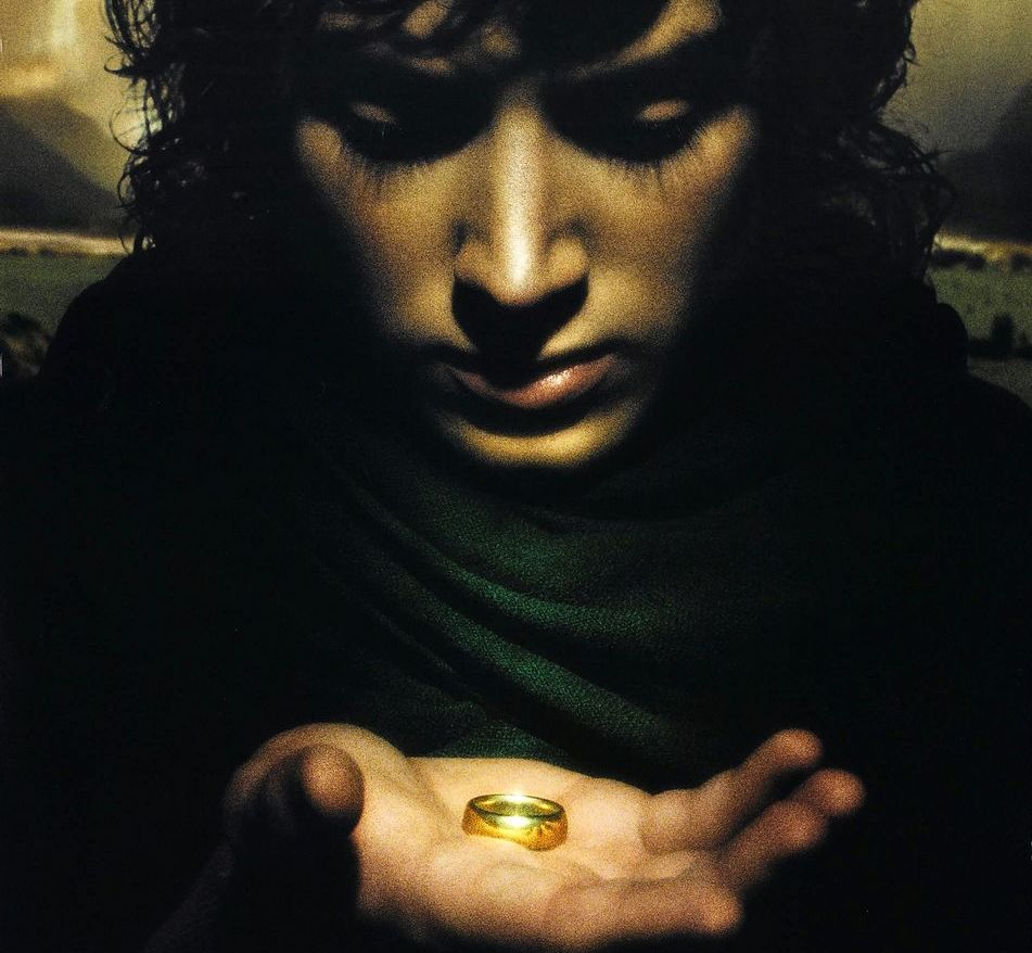 [Image: 2014-06-26-lord_of_the_rings_the_fellows...hemall.jpg]