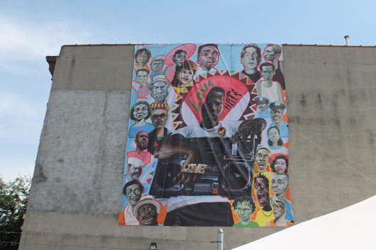 2014-06-29-Do_the_right_thing_block_mural.jpg