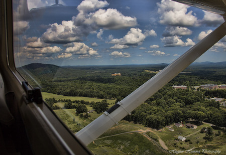 2014-07-02-CHOCessna021WindowLRNEW.jpg