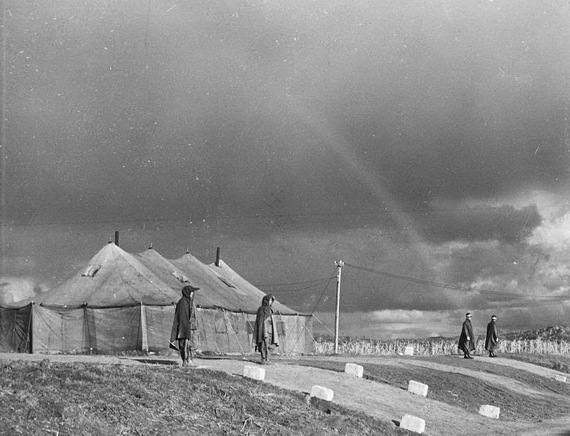 2014-07-03-Panmunjom_site_of_armistice_negotiations.jpg