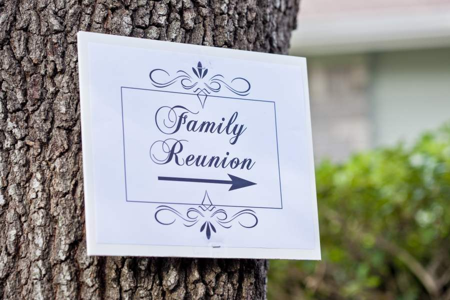 four family reunion themes to make time with your relatives a