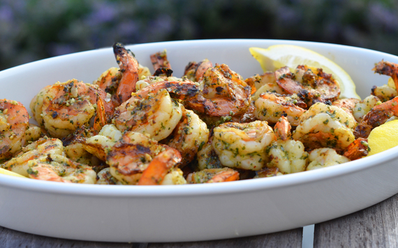 2014-07-06-GrilledPestoShrimpPatio.jpg