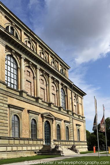 visiting the pinakothek der moderne art museum in munich germany. Black Bedroom Furniture Sets. Home Design Ideas