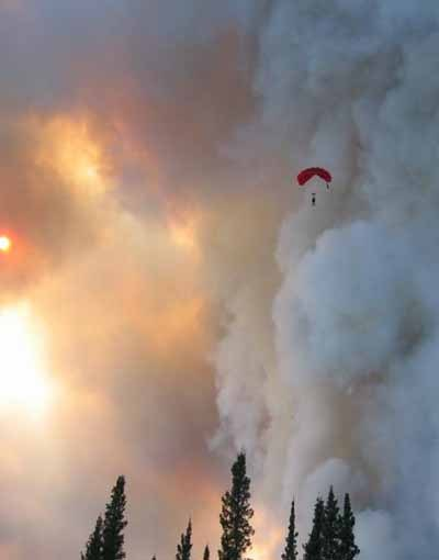 2014-07-10-Thosewhomakeithappensmokejumpers.jpg