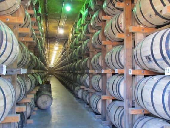 2014-07-12-George_Dickel_barrels_warehouse.jpg
