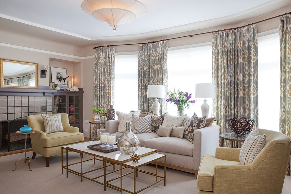 sophisticated living room 7 statement window treatment ideas huffpost 10889