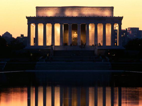 2014-07-16-LincolnMemorialReflectedWashingtonDCWallpaper.jpg