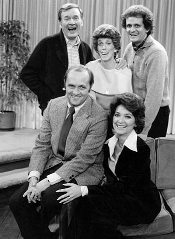 2014-07-17-Newhart_show_cast_1977.JPG