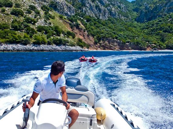 2014-07-17-Speedboatanddoughnut.jpg