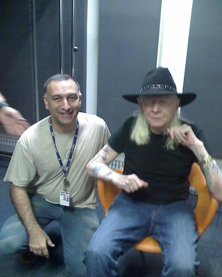 2014-07-17-johnnywinter.jpglarge