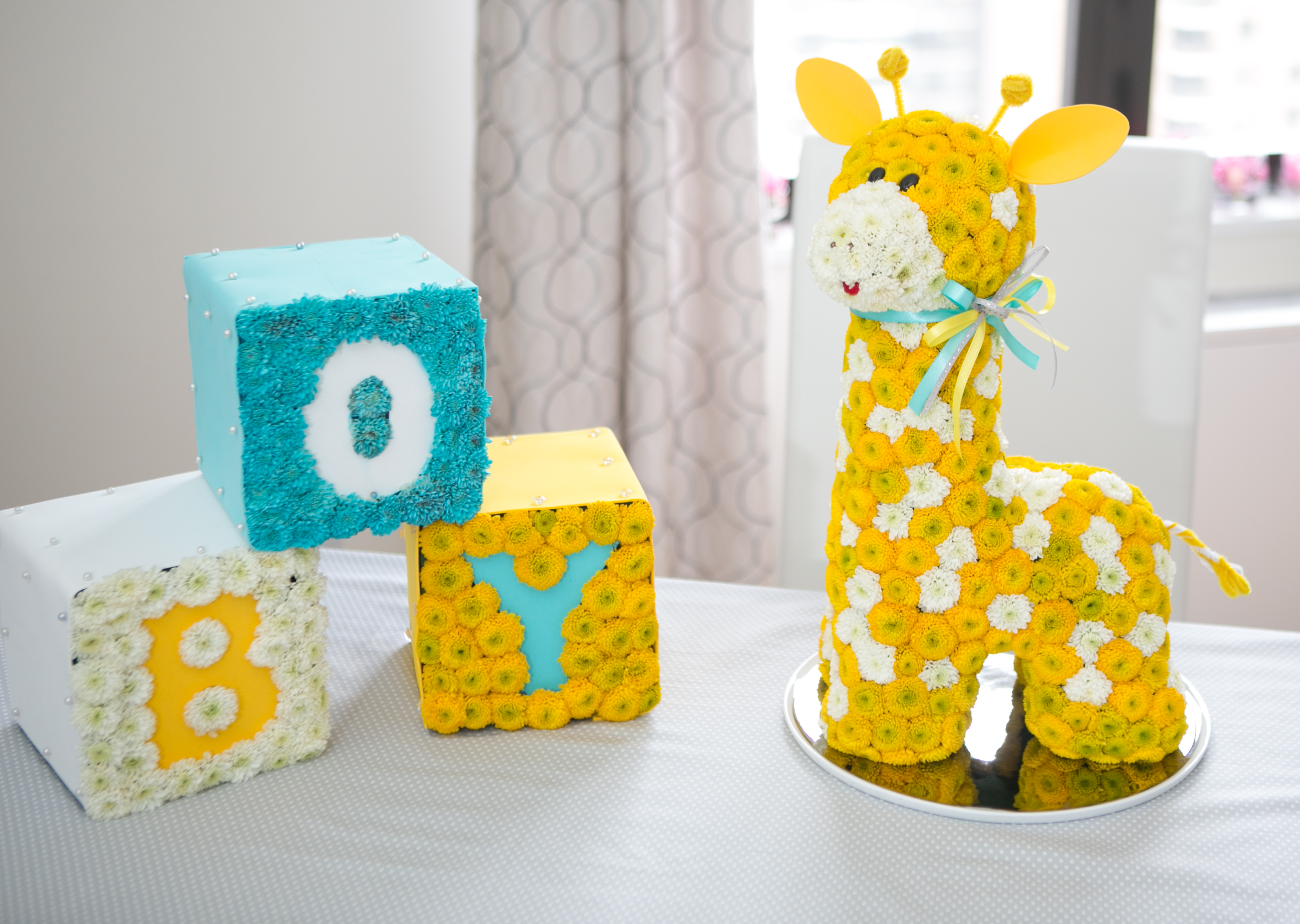 Tips For Hosting The Perfect Baby Shower Huffpost Life