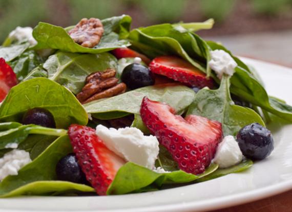 2014-07-18-spinachberrypecangoatcheesesalad.jpg