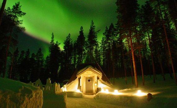 2014-07-21-ArctichoneymoonsTheWhiteCircle.jpeg