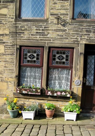 2014-07-21-Yorkshirenicewindows.jpg