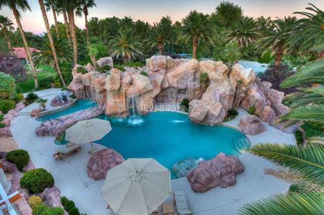 Stay Cool With These 5 Outdoor Pools Huffpost