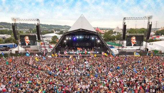 2014-07-24-PyramidCrowd.jpg