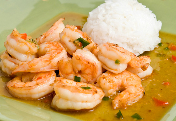 8 easy thai style dishes you can make at home huffpost 2014 07 27 thaishrimpgingersweetredchilisauceg forumfinder
