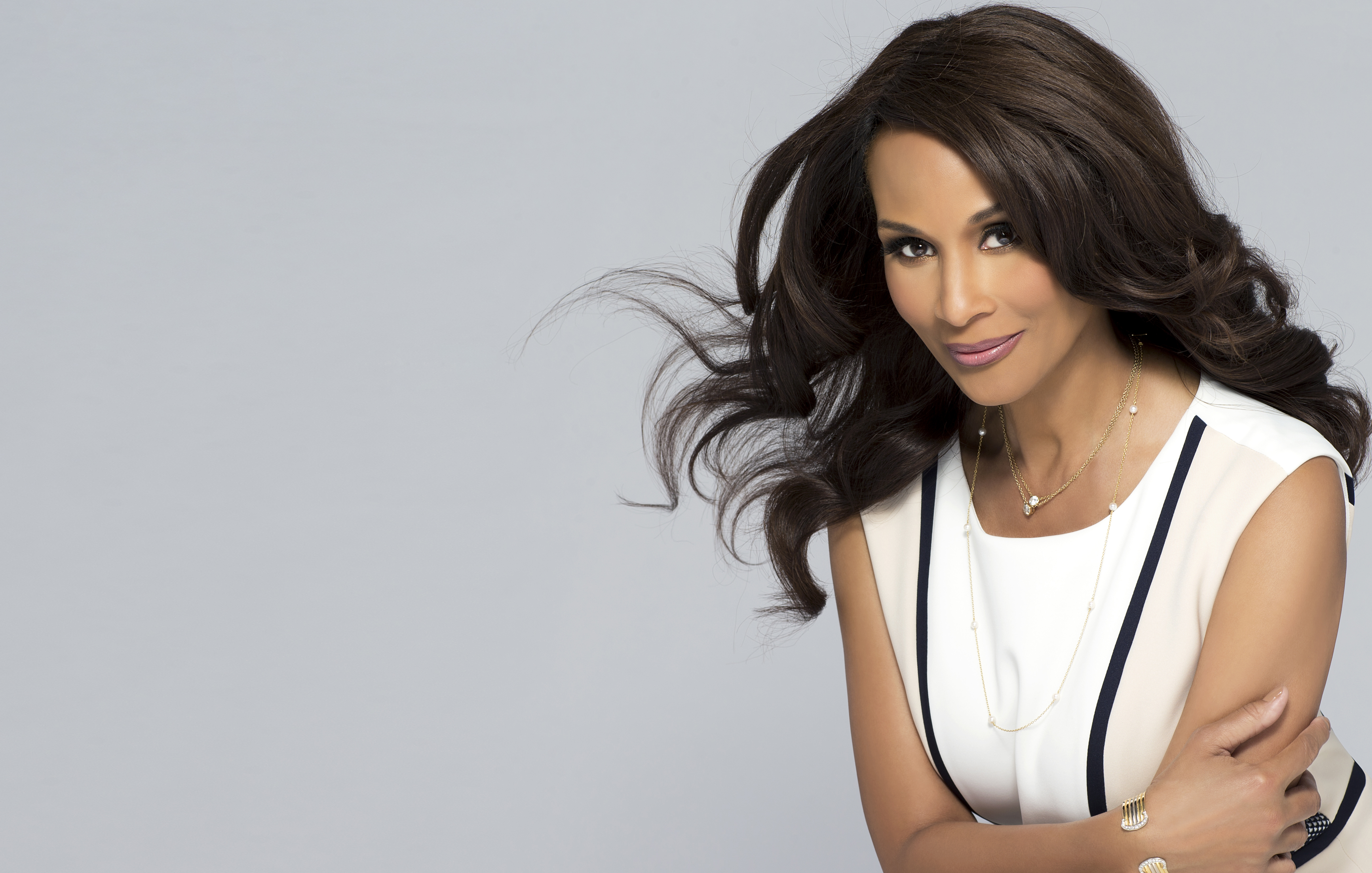 beverly johnson dated