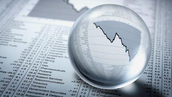 2014-07-30-economiccrystalball.jpg
