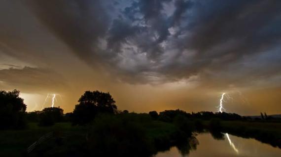 2014-07-31-lightning_2.jpg