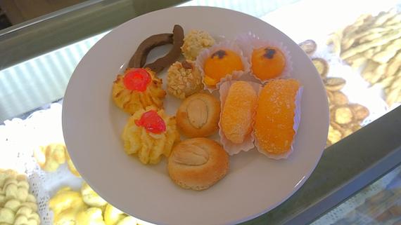 2014-08-01-pastries570.jpg