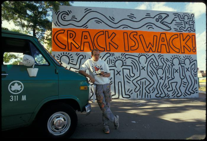 Keith haring 39 s 39 crack is wack 39 nyc 39 s most famous mural for Crack is wack keith haring mural