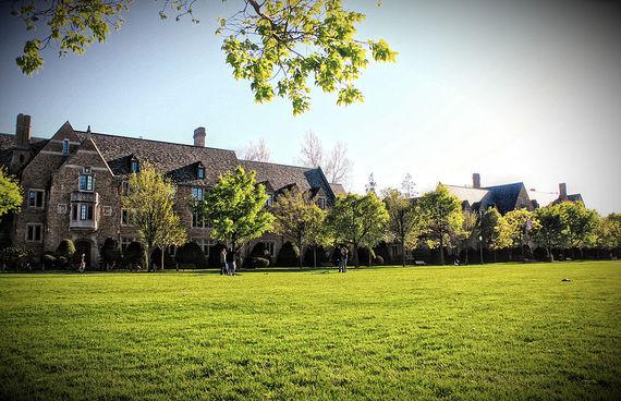 2014-08-05-1024pxSouth_Quad_University_of_Notre_Dame.JPG