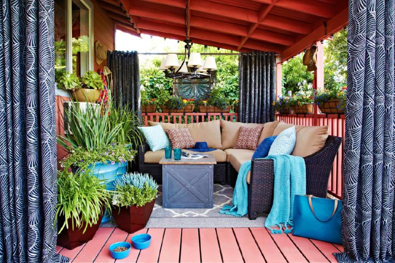 7 Brilliant Ideas to Design an Outdoor Living Room | HuffPost on Outdoor Living Space Ideas On A Budget id=16597