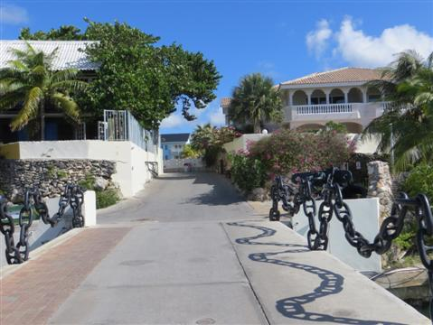 2014-08-13-DutchAntilles007Custom.JPG