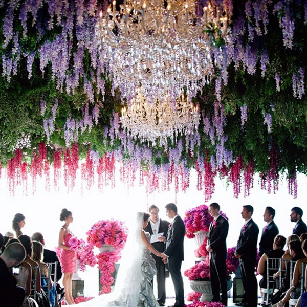 10 wedding trends that need to be retired and what to do instead 2014 08 14 7814trendswhitelilacg junglespirit Gallery