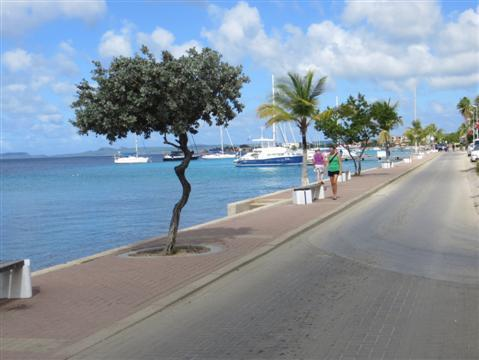2014-08-15-DutchAntilles313Custom.JPG
