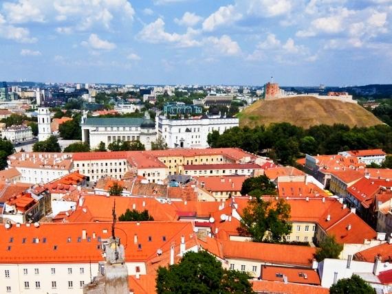 2014-08-17-VilniusCastleandCathedral.jpg