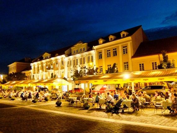 2014-08-17-VilniusatNight.jpg