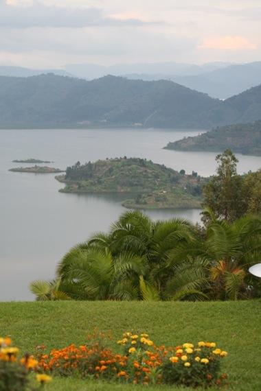 2014-08-17-rwandalandscape.jpg